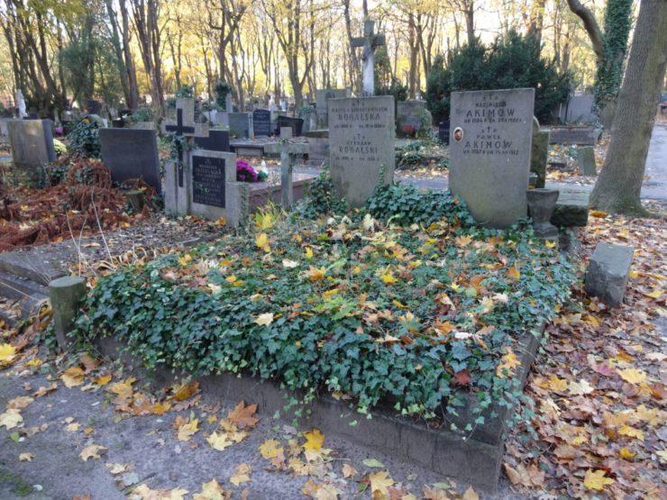 Tak wygląda obecnie grób Pawła Akimowa - od 1923 r. bramkarza Legii, który w klubie również działał aż do 1938 r.