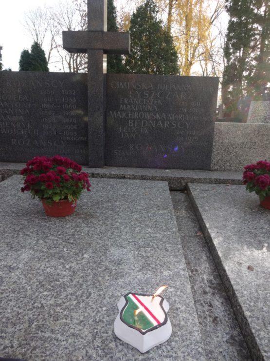 Jan Bednarski - założyciel, pierwszy kapitan drużyny piłkarskiej w 1916 r., później działacz Legii, twórca drużyny oldbojów w 1924 r. oraz sekcji kolarskiej w 1927 r. W karierze wojskowej legionista Legionów Polskich, ranny podczas walk o niepodległość, w niewoli więzień obozu z Szeklence.