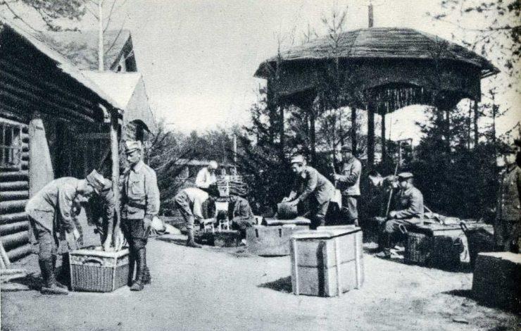 Przygotowania w Komendzie Legionów do opuszczenia Legionowa